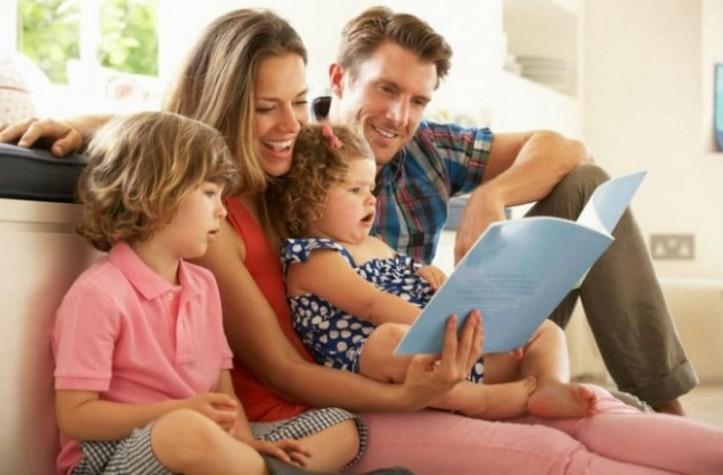 family_shutterstock_114642343_1984x1322.jpg
