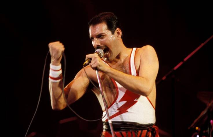 photo-of-freddie-mercury-and-queen