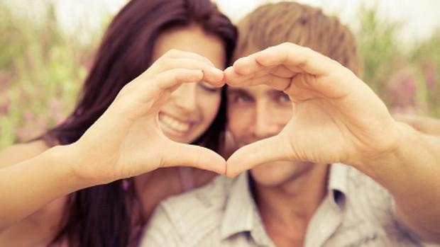 Couple-heart-love-620x349.jpg